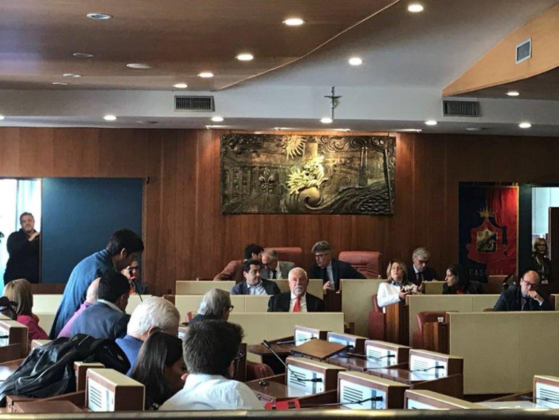 Caserta il consiglio comunale elegge i componenti dell for Casa comunale