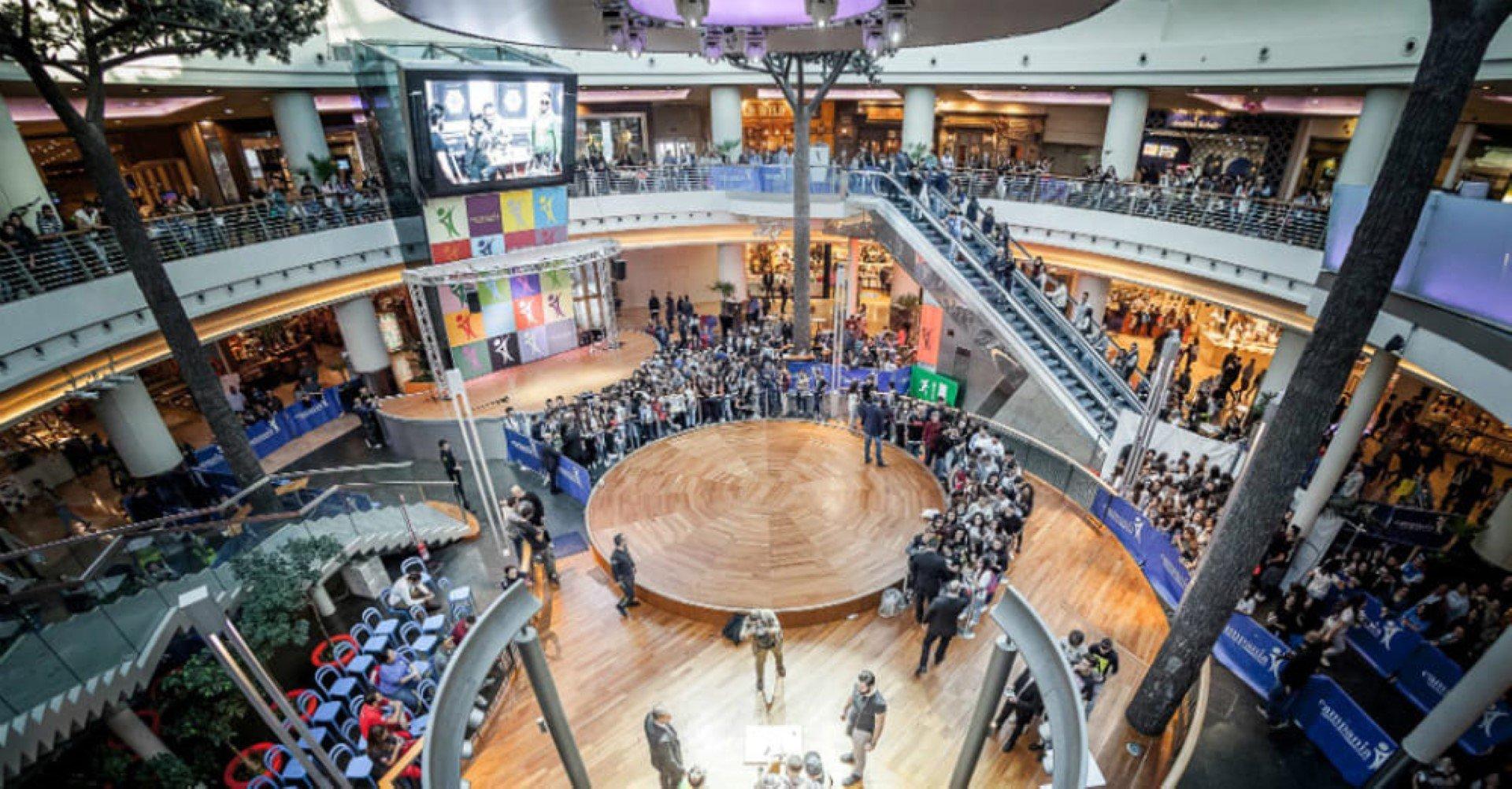 Marcianise centro commerciale campania prendi al volo for Centro convenienza arredi marcianise marcianise ce