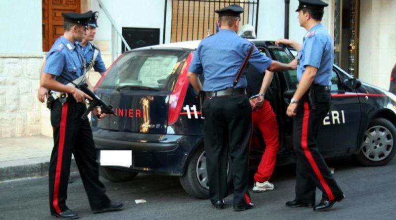 TRENTOLA DUCENTA. Carabinieri arrestano Marino Michele per il reato di furto aggravato, tentato furto e possesso ingiustificato di grimaldelli