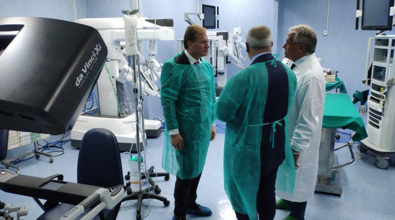 Ospedale Cardarelli: sopralluogo tra le corsie del Presidente Graziano