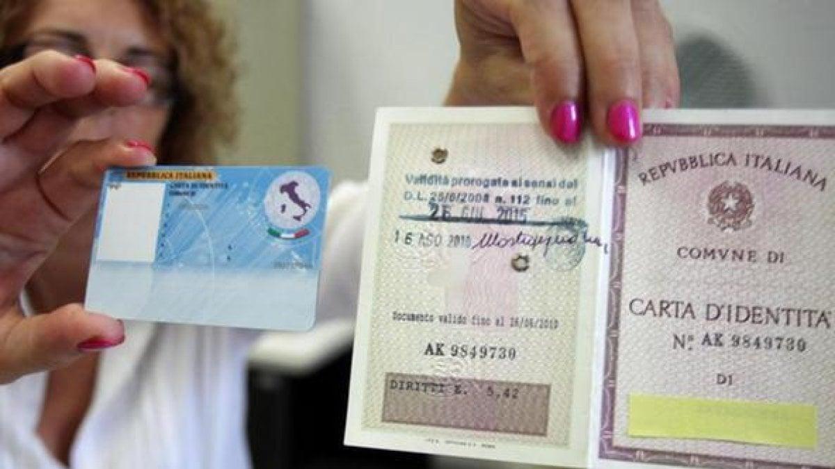 La UE ordina. Anche a Caserta a breve non sarà più disponibile la carta d'identità cartacea