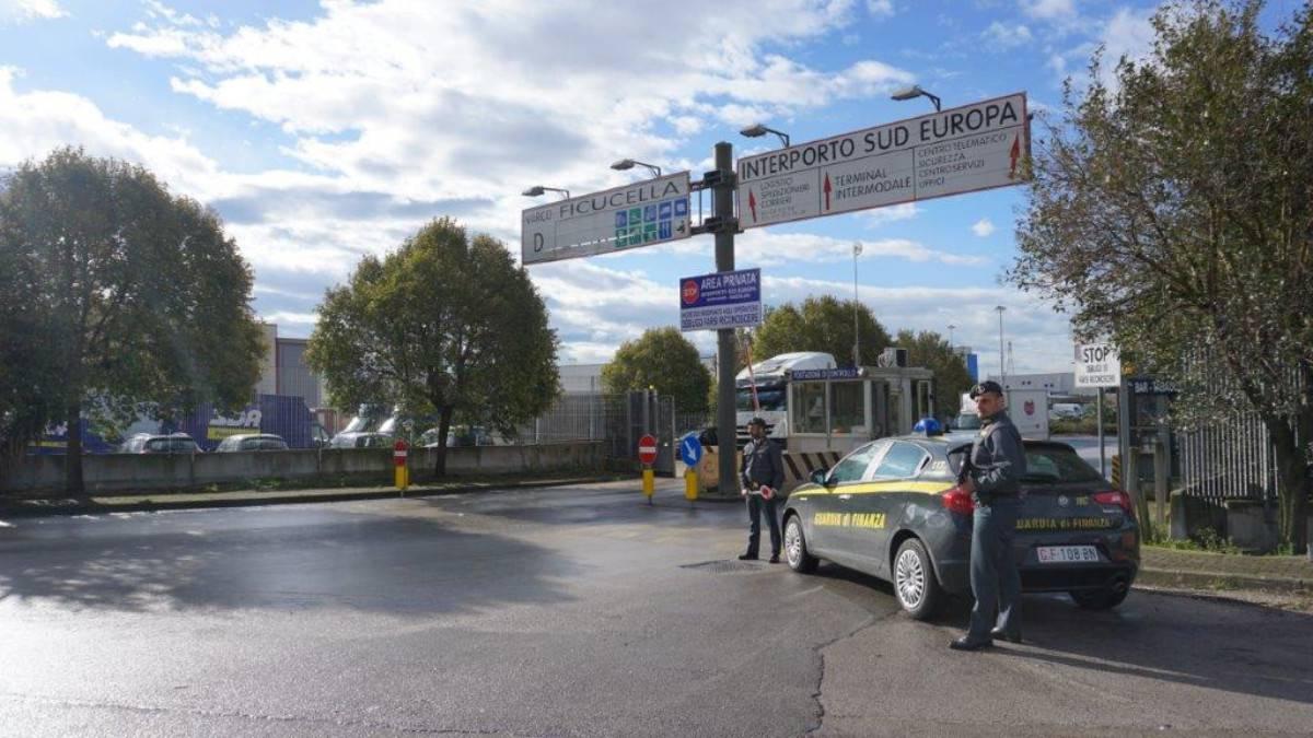 Interporto Sud Europa. Bancarotta fraudolenta. Arrestato il patron Barletta. Video e foto dell'operazione