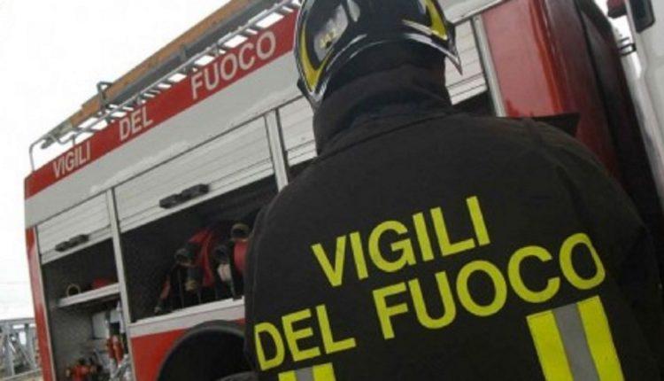 Napoli. Incredibile, sfrattati i Vigili del Fuoco del distaccamento Mostra. Pericolo per la sicurezza dell'area Flegrea