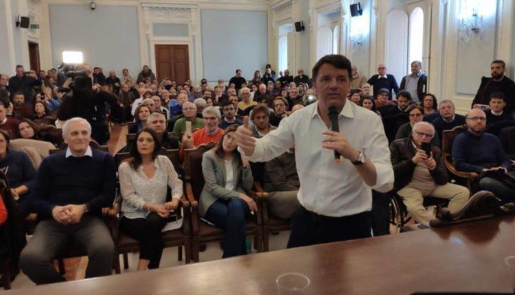 """Matteo Renzi a Caserta presenta il suo libro: """"L'attuale Governo ha portato l'Italia in recessione"""""""
