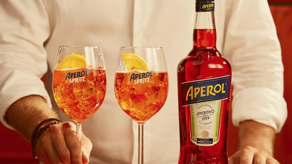 COMPIE 100 ANNI | È l'icona dell'aperitivo italiano