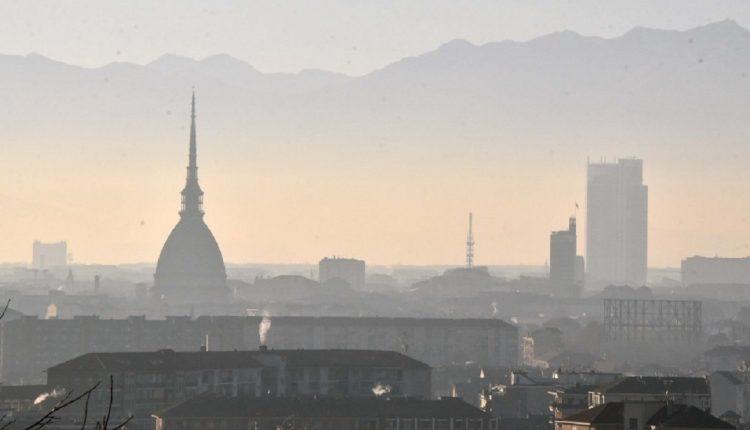 SMOG. TORINO DA BRIVIDI | Pm 10, Napoli tra le peggiori