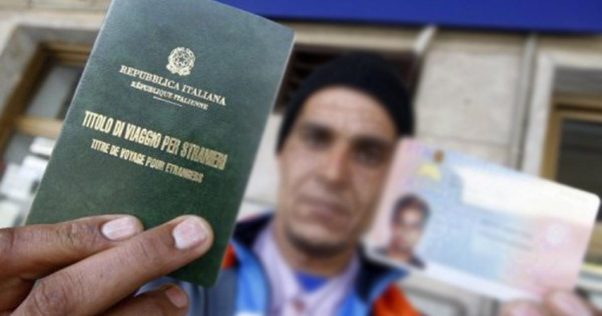 Napoli: permessi di soggiorno dietro compenso - BelvedereNews