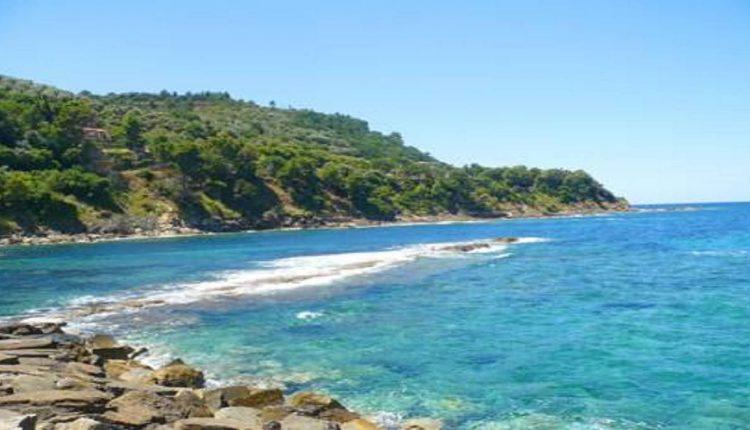 Risultati immagini per il mare più bello guida touring