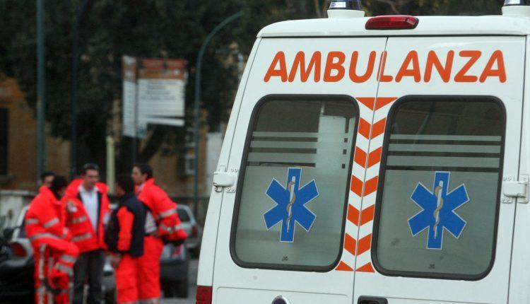 CASERTA. Donna cade in una buca in via Marchesiello, ricoverata in Ospedale