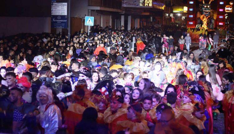 """L'Associazione """"Carnevale di Villa Literno"""" inaugura l'anno scolastico al Circolo Didattico """"Don Milani"""""""